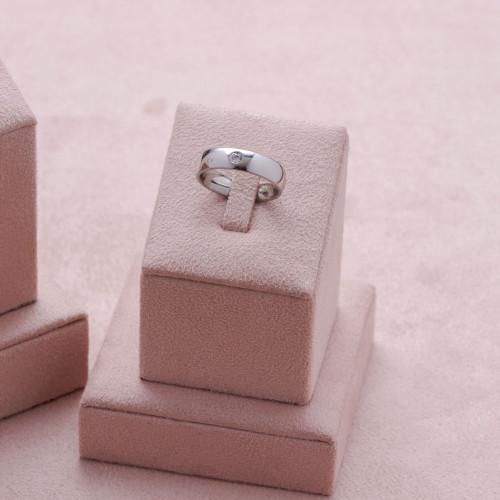 Aliança de Namoro Lille Comfort 5mm com Zircônia